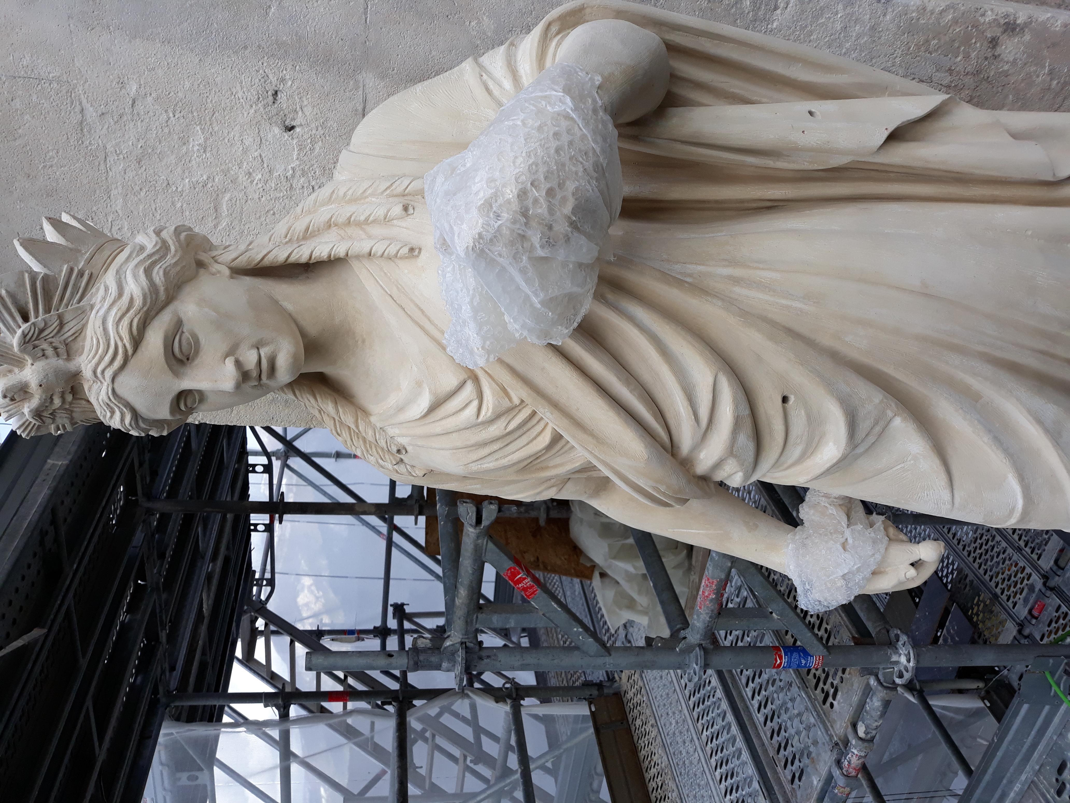 Statue représentant la Fortune